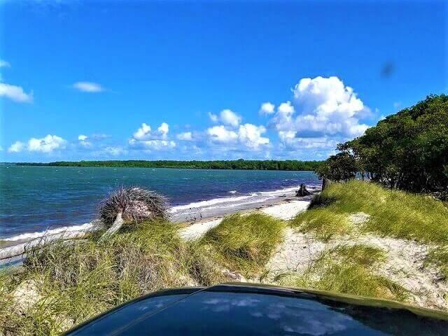 pequenas dunas em Coqueirinho do norte