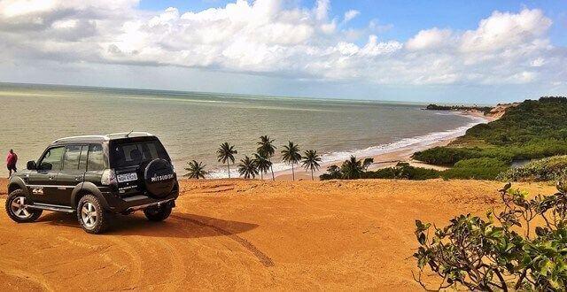 Mirante acima da praia do Gurugi
