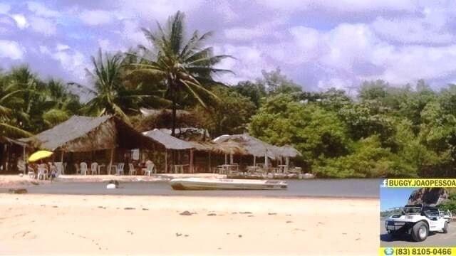 Passeios turisticos em João Pessoa: a praia de Jacarapé