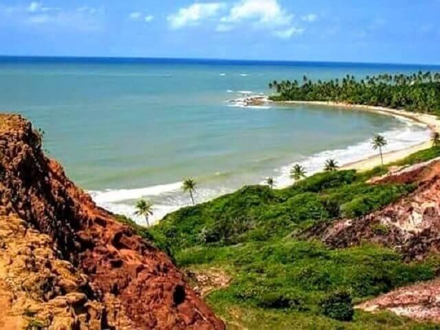 Praia de Coqueirinho: mirante acima da prainha